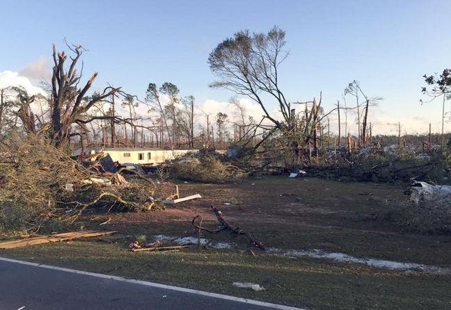 storm system claims 15 lives four in dougherty county local news. Black Bedroom Furniture Sets. Home Design Ideas