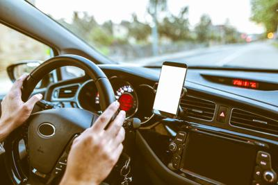 should drivers of automobiles be prohibited from using cellular phones