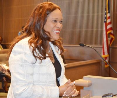 Albany City Commission ponders future if five-year City Manager Sharon Subadan leaves
