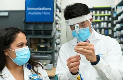 Walmart will expand Covid-19 vaccinations to more states