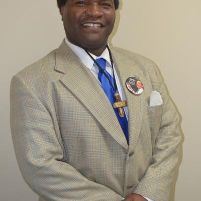 Political newcomer Quincy Smith announces mayoral run