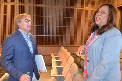 Albany City Commission approves sewage improvements, alcohol licenses