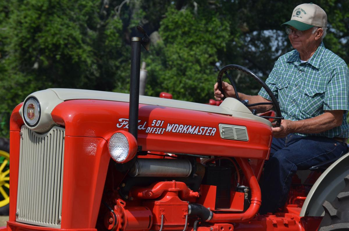 tractor40.jpg