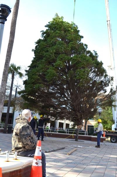 Downtown Christmas celebration kicks off at 4 p.m. Saturday