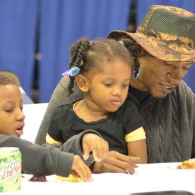 APD to host community Thanksgiving dinner