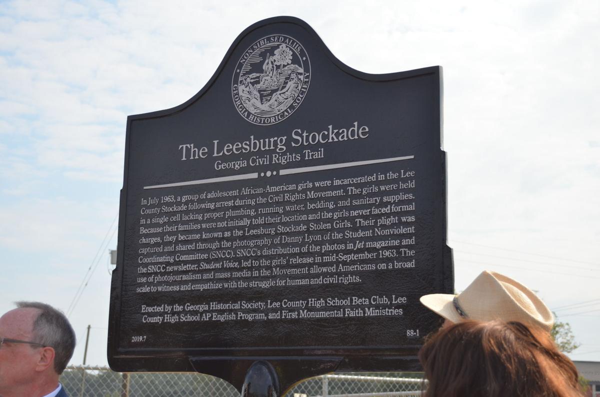Leesburg Stockade building receives historical marker