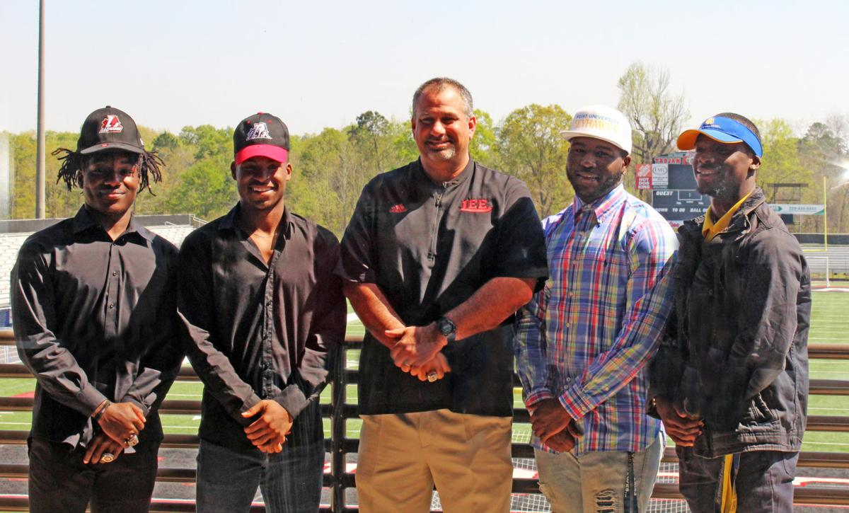 Four more Lee County football seniors sign letters of intent