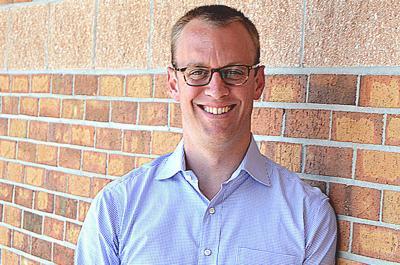 Deerfield-Windsor School to search for new headmaster