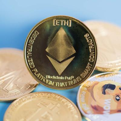 Golden,Ethereum,Eth,Group,Included,With,Cryptocurrency,Coin,Dogecoin,Doge,