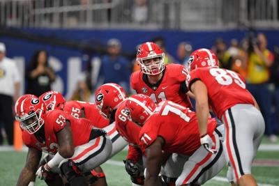 Bulldogs try to focus on Texas as distractions abound
