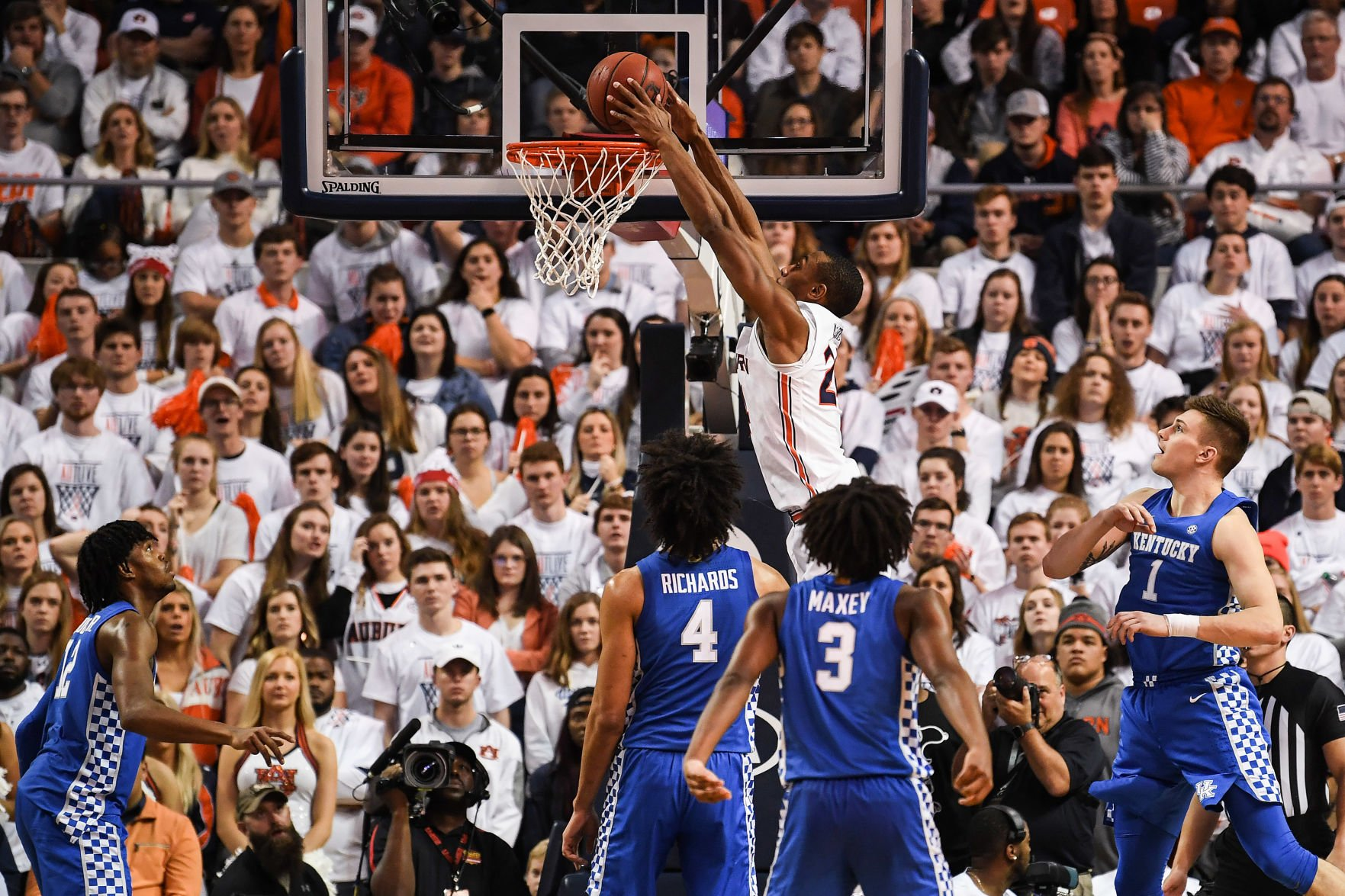 albanyherald.com - Shanna Lockwood/Auburn Athletics - Men's Basketball: Auburn vs Kentucky