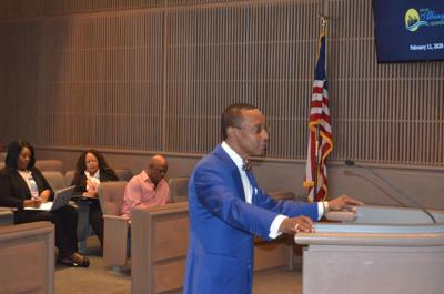 DSC_0913.JPGAlbany City Commission approves suspending Municipal Court proceedings for 10 weeks