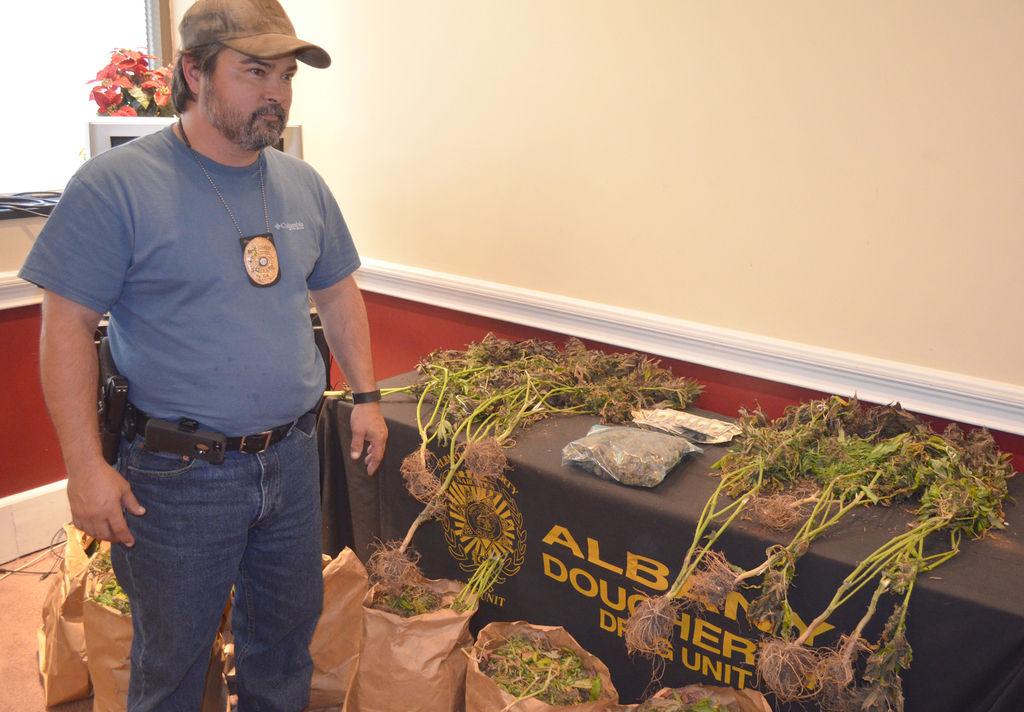 Albany-Dougherty Drug Unit officers raid suspected marijuana grow house