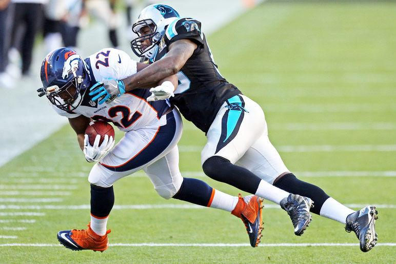 separation shoes f52c9 46e70 Shellman's Thomas Davis makes impact in Super Bowl 50 ...