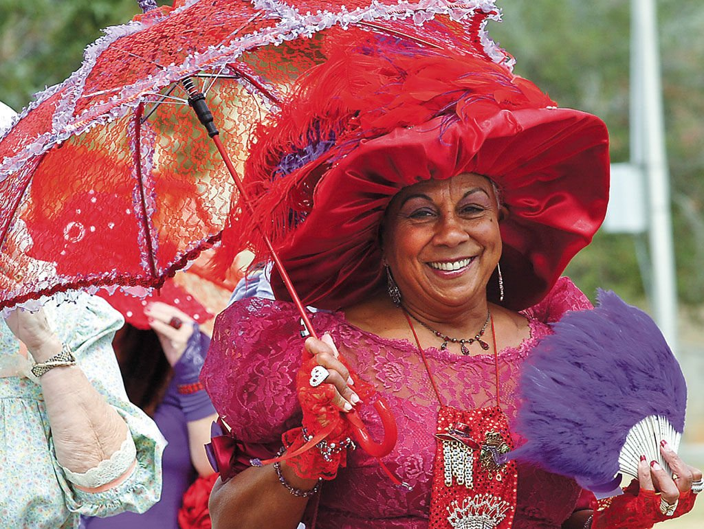Ladies of the Red Hat Society stroll through Albany  554163b528b