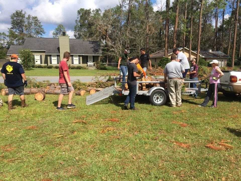 ABAC SGA helps with hurricane cleanup