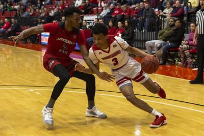 Men's basketball moves on to OVC Tournament after 1-1 weekend