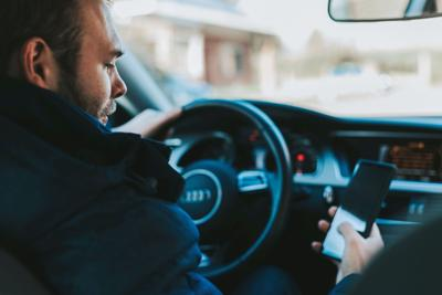SIUE police joins IDOT on Distracted Driving campaign