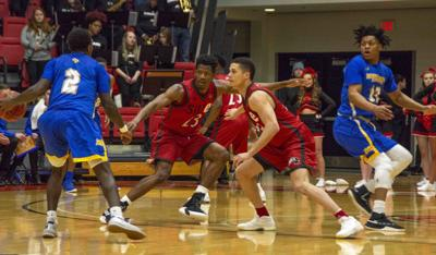 Men's basketball falls to Morehead State in first round of OVC tournament