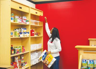 Cougar Cupboard food pantry provides aid for SIUE students ...