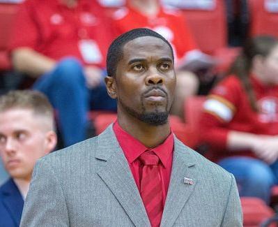 Men's basketball head coach's contract not renewed