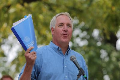 Shimkus tells staffer to 'Pull my name off of the I support Donald Trump list'