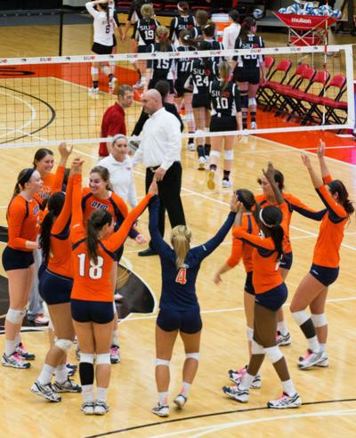 SIUE Women's Volleyball