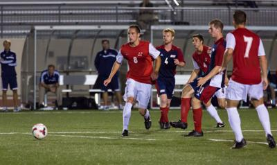 Men's soccer loses third in a row, falls 1-0 to University of Illinois-Chicago