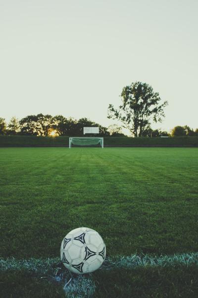 SIUE women's soccer sweeps SIUC 5-0