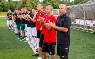 Men's soccer scores clean win at home