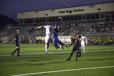 Men's soccer preseason ends in scoreless game; Women's soccer loses season opener 2-1