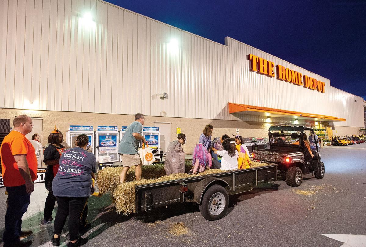 1031 Home Depot Halloween 1.jpg