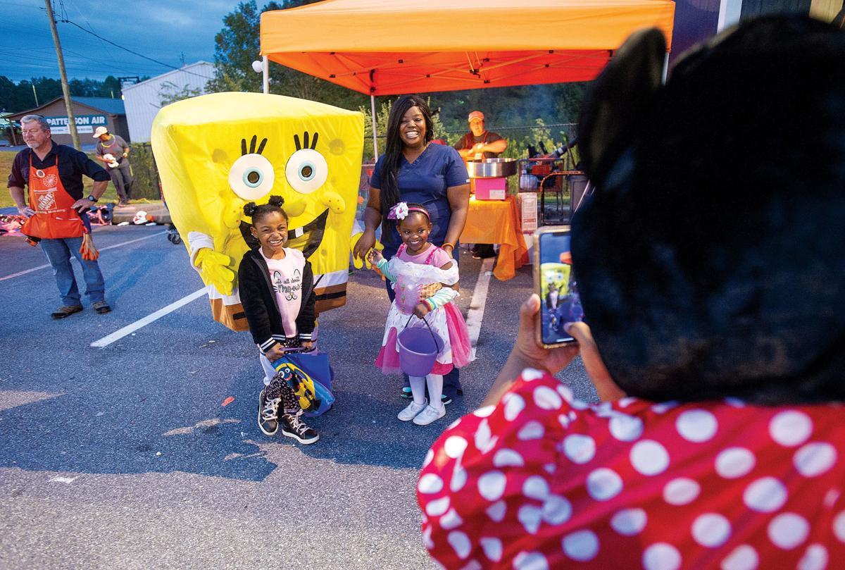 1031 Home Depot Halloween 6.jpg