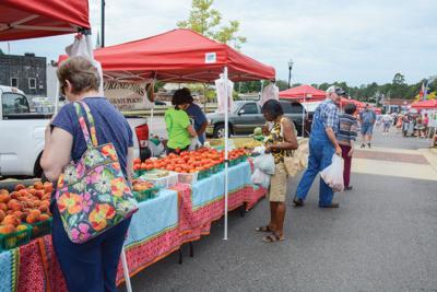 0820 Farmers market 1.jpg