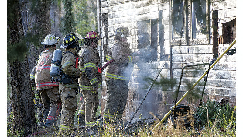 Fire destroys home in Dadeville