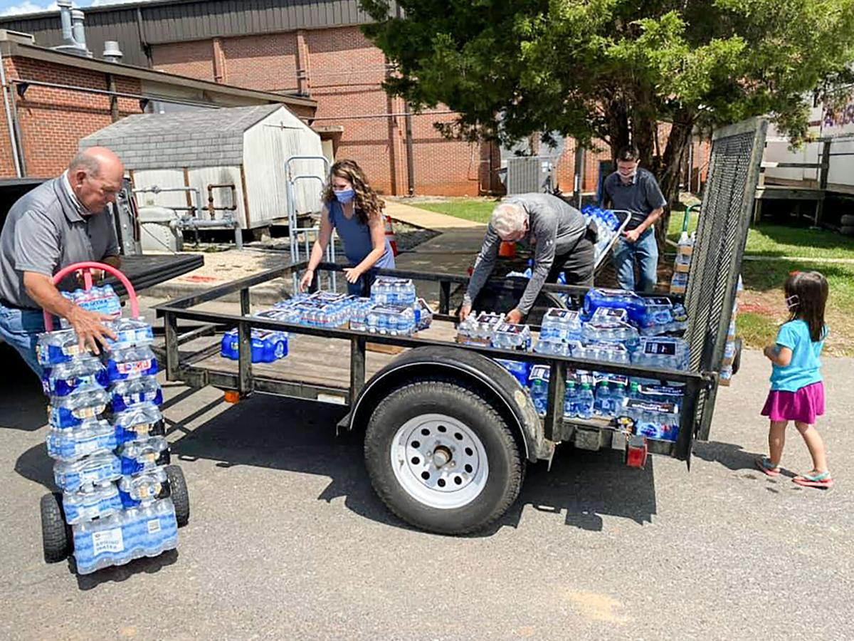 0912 Water Donation1.jpg