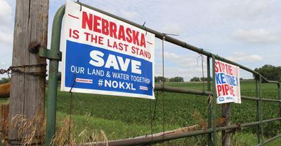 Nebraskan landowners display pipeline protest signs