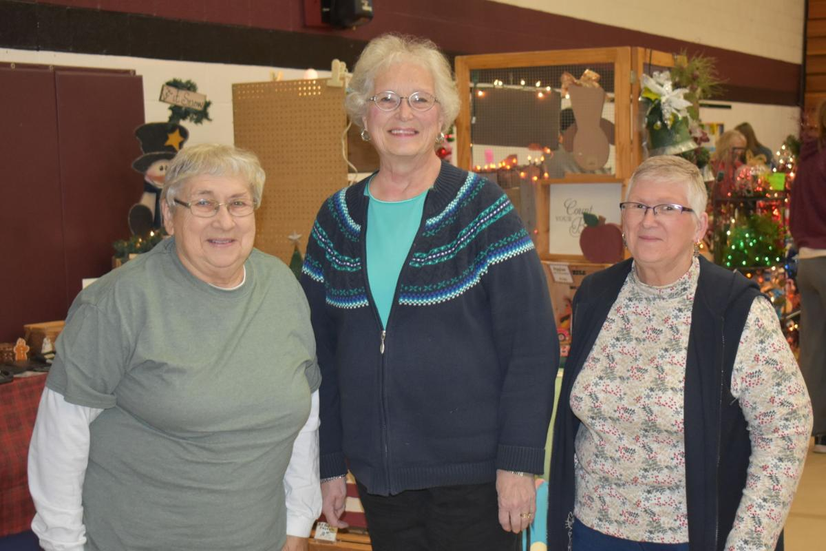 Women Celebrate 35 Years At Neligh's Rafts of Crafts