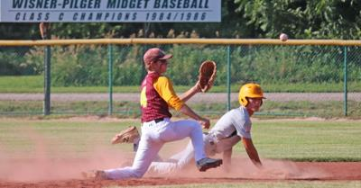 Brock Kester Attempts Tag During Districts