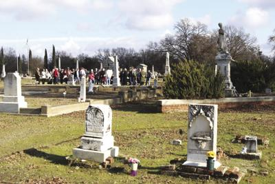 """Dead of Winter"""" tour at the Marysville City Cemetery"""