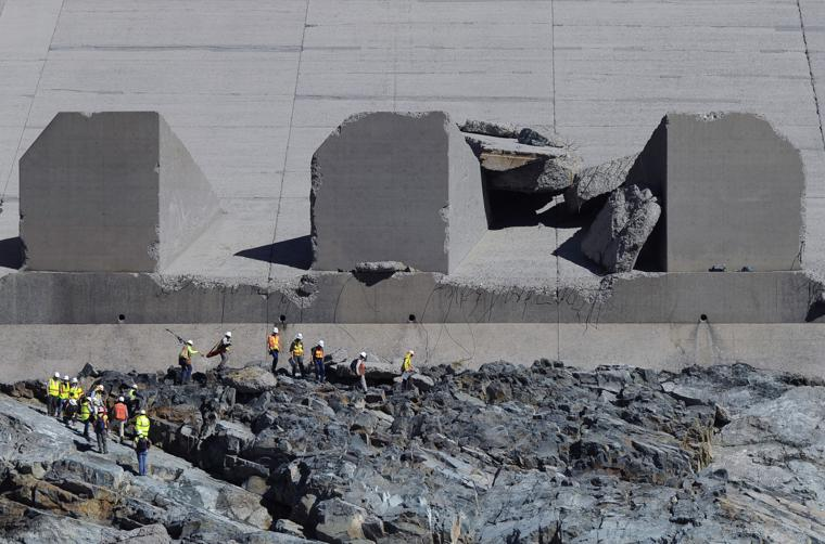 Expert: What You Need To Know About The Oroville Dam Crisis