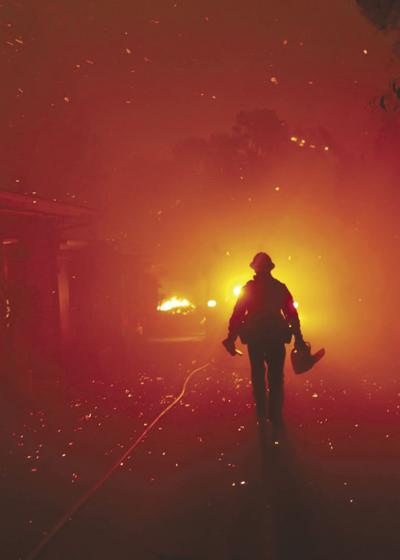 US-NEWS-CALIF-WILDFIRE-WOOLSEY-REPORT-LA
