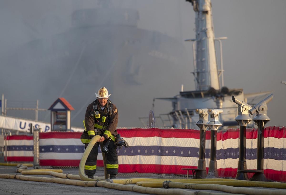 US-NEWS-SF-PIER-FIRE-2-CC