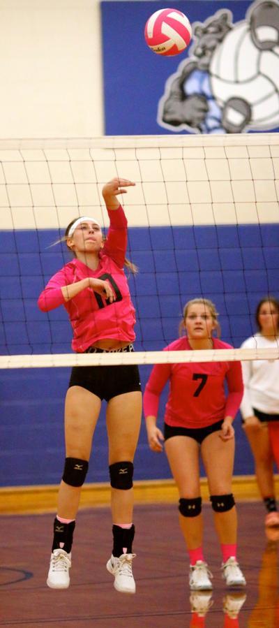Maxwell Volleyball