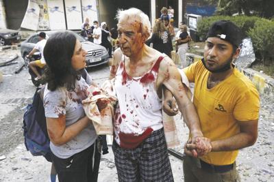 WORLD-NEWS-LEBANON-EXPLOSION-4-ZUM
