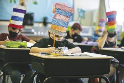 US-NEWS-CORONAVIRUS-CALIF-SCHOOLS-MASKS-LA