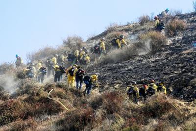 US-NEWS-CALIF-WILDFIRES-SADDLERIDGE-15-LA