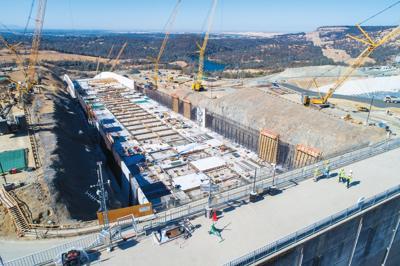 Gov  Brown signs bill establishing Oroville Dam citizens advisory