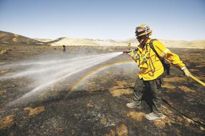 US-NEWS-CALIF-WILDFIRES-LA