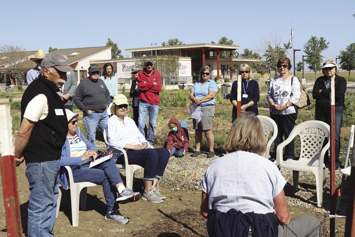 Master Gardeners offer planting demonstration